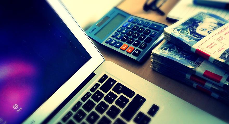 Perfiles digitales: Comercio electrónico y Social Media. Parte II/III